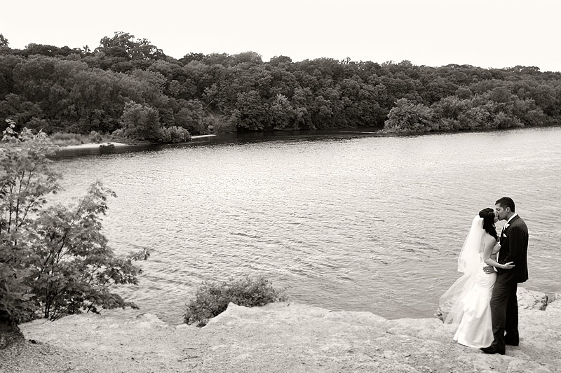 Summit Ave River bluffs wedding portraits