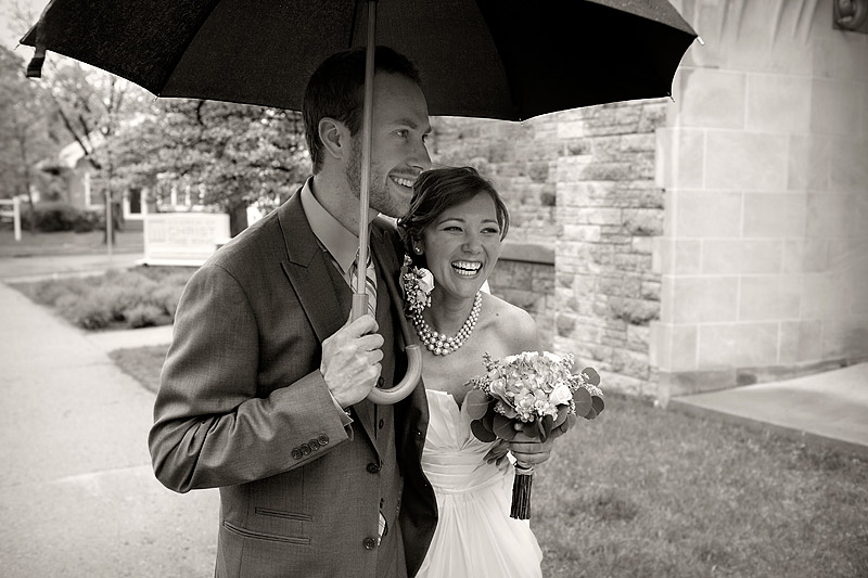rainy wedding minneapolis photography