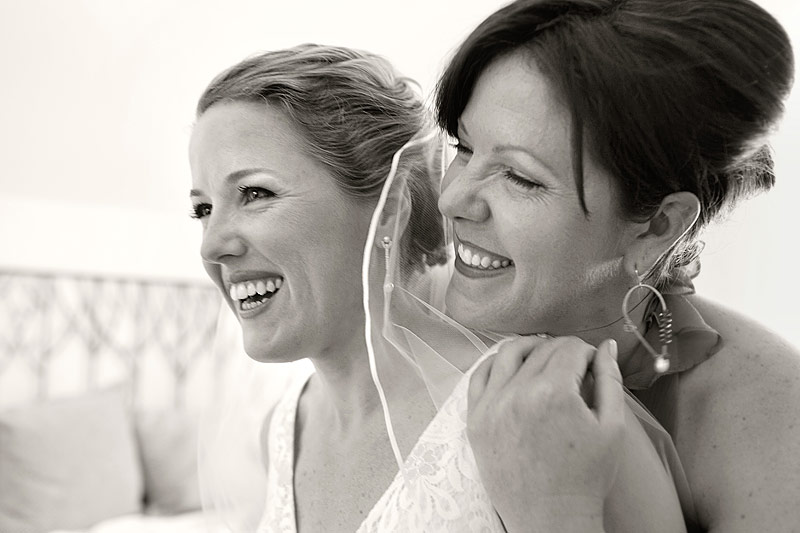 sisters at Roche Harbor wedding