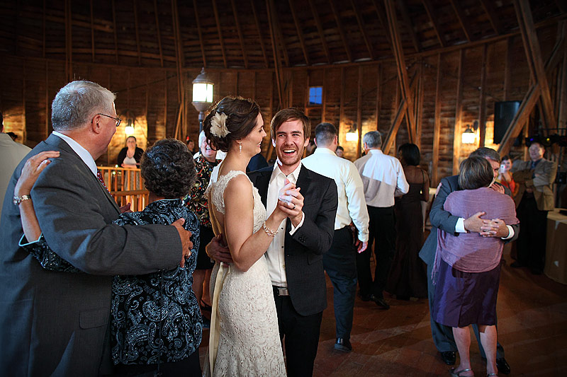 wedding reception dance at round barn farm reception 03
